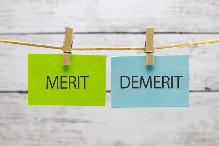 OEMのメリットとデメリット