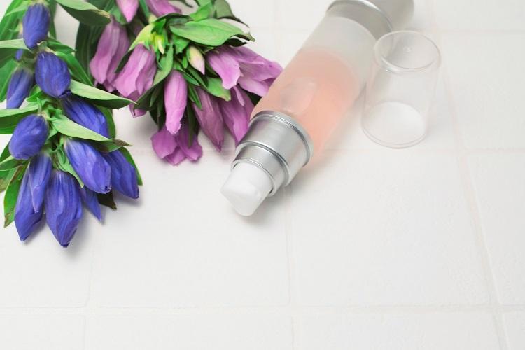 抗シワ効果をうたう薬用化粧品が登場