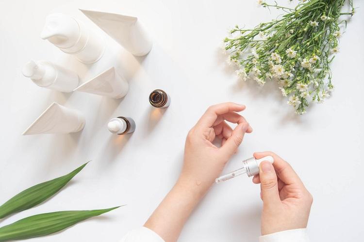肌の悩みに応える化粧品の開発