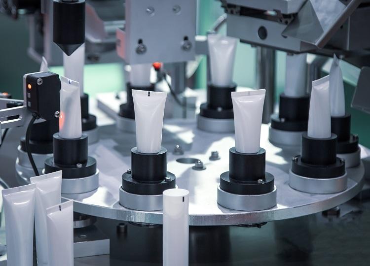 100個からの小ロット製造が可能な化粧品OEMメーカー