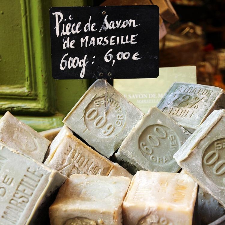 オリーブオイルたっぷりで作るマルセイユ石けん